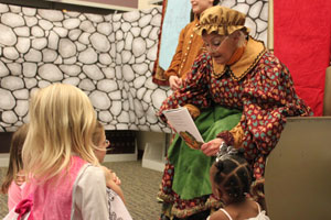 Library Director Janet Greathouse reads a story. (Reporter photo/Christine Boatwright)