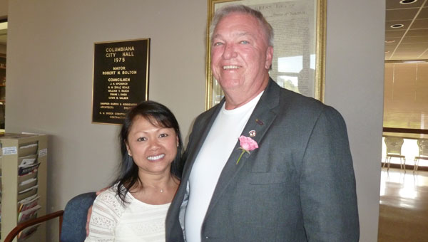 Mayor Stancil and Ann Handley at his first Coffee with the Mayor April 18. (Reporter photo/Phoebe Robinson)