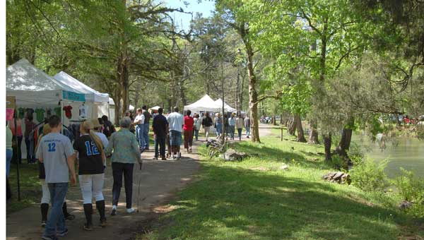 Approximately 2,000 people attended the Montevallo Art Show April 13 at Orr Park.