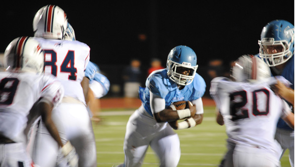Spain Park running back Otis Harris looks for room in a Aug. 23 jamboree game against Homewood. (Contributed/Clayton Hurdle)