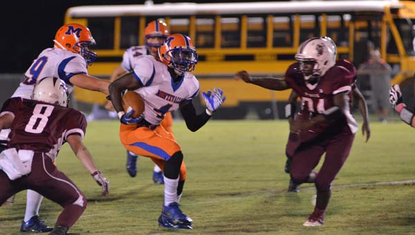 Montevallo's Daijon Youngs breaks a run in a 25-7 win on the road at Thorsby Oct. 17. (Clanton Advertiser/Stephen Dawkins)