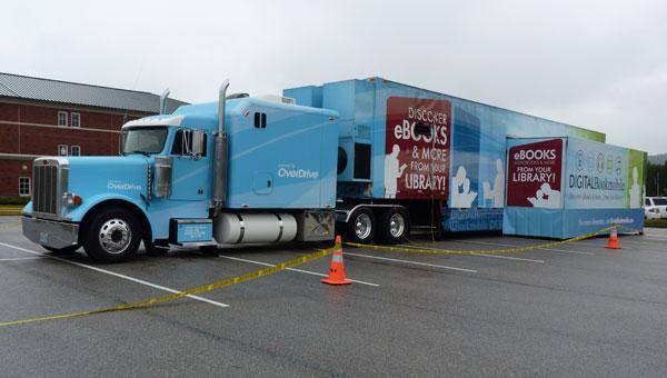 The Digital Bookmobile at Spain Park High School on Oct. 17. (Reporter photo/Amy Jones)