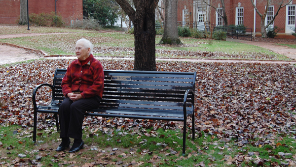 A bench was dedicated on the University of Montevallo campus Dec. 10 in honor of Frances Yates Shaw and Truman Shaw, who were married for 62 years. (Reporter Photo/Stephanie Brumfield)