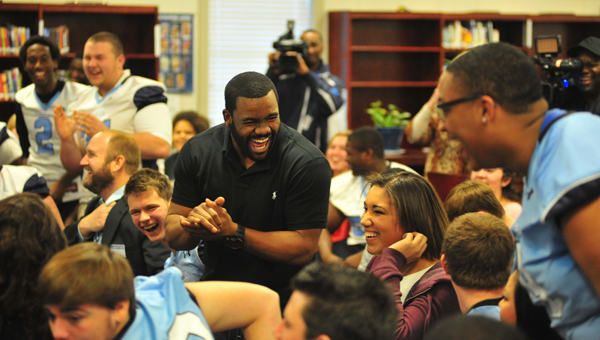 Former Heisman Trophy winner and current New Orleans Saints running back Mark Ingram made a stop at Calera High School Jan. 24 to announce the launch of Financial Football, an educational video game and classroom curriculum created to help junior high and high school students learn the value of money management skills. (Reporter Photo/Drew Granthum)