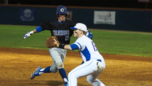 Bulldog first baseman Brady Hamer reaches for a pickoff pitch in a loss to Childersburg Feb. 21. (Contributed/Amy Pintaro)