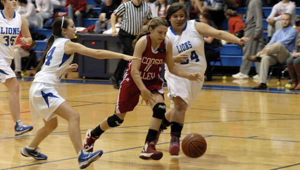 Coosa Valley's Danielle Richardson, seen here in a file photo from 2013, uses plays in honor of her late father (who was also her AAU coach) who passed away during the 2013-2014 season. (Reporter Photo/Mickel Ponthieux)