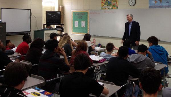 Pelham Board of Education President Rick Rhoades speaks to a class at Pelham High School. (Contributed)