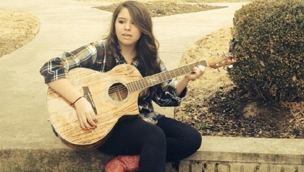 Pelham country singer/songwriter Joy Beth Taylor has advanced to the state semifinal round of the Alabama Talent Hunt, a competition for emerging artists. (Contributed)