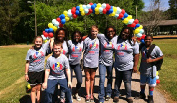 Over 40 kids from Vincent Middle High walked to support autism (contributed)
