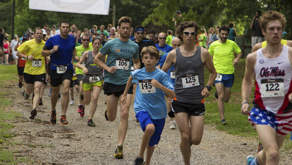 Runners start at the Hoofin' It 5K/10K Trail Run at Indian Springs School June 7. (Contributed)