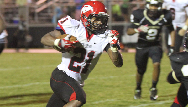 Frank Mwakajumba scored a rushing touchdown in a 28-13 loss to the Wetumpka Indians on Aug. 22. (Contributed/Eric Starling)