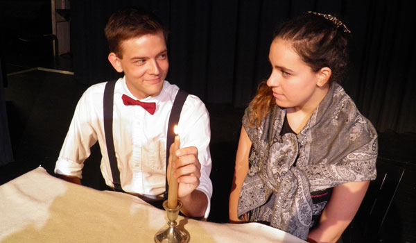 """Dallas Nolen and Giselle Casadaban rehearse a scene from """"The Glass Menagerie."""" (Contributed)"""