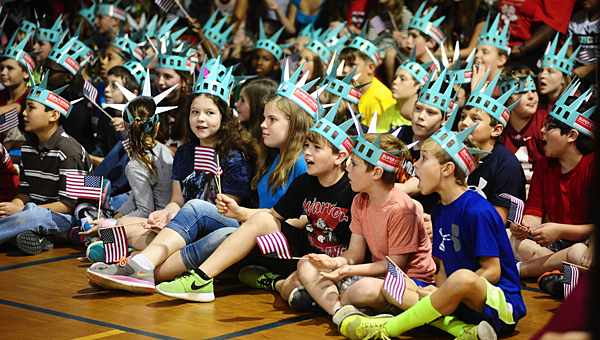 Kids gather in the Thompson Intermediate School gym on Sept. 19 to kick off the Super Citizen program. (Reporter Photo/Jon Goering)