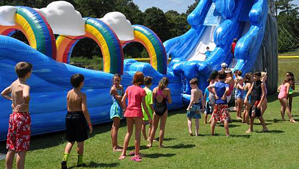 Oak Mountain Intermediate School recently held its eighth-annual Back to School Splash event. (Contributed)