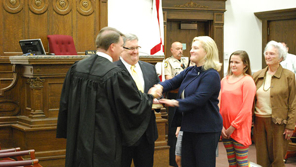 Jill Lee was sworn in as Shelby County District Attorney on Monday Oct. 27 as family members looked on. Lee became the first female to be sworn in as Shelby County District Attorney. (Reporter Photo/Graham Brooks)