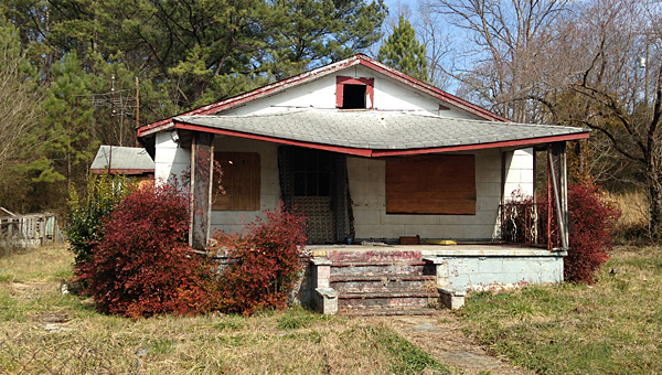 The Alabaster City Council has demolished three dilapidated homes off Sixth Avenue Southeast, including this house at 434 Sixth Ave. SE. (File)