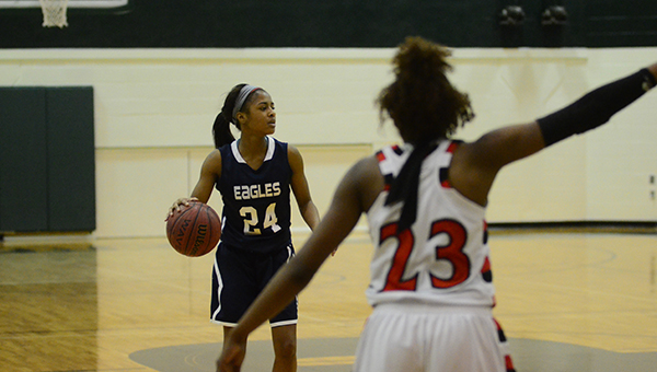 The Oak Mountain Lady Eagles defeated the Thompson Lady Warriors 40-34 in the championship game of the Shelby County Tournament on Saturday, Dec. 20. (Reporter Photo/Graham Brooks)