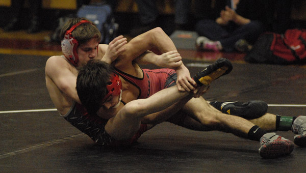 Thompson's Cody Mealer, shown here in a previous match, helped lead Thompson to a victory in the Warrior Invitational on Jan. 24. (File)