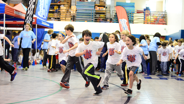 OMES students completed the Boosterthon Fun Run on Feb. 27, concluding the PTO's biggest annual fundraiser. (Special to the Reporter / Jon Goering)