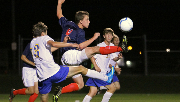 Nathan Heim and the Oak Mountain Eagles beat Tuscaloosa County on March 9. The Lady Eagles also defeated Tuscaloosa County on the same night. (Contributed)