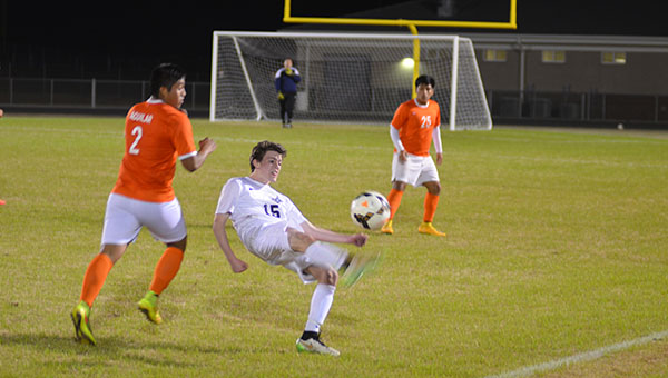 The Helena Huskies and Fultondale Wildcats faced off on Wednesday, March 18 at Helena High School. Neither team could score a goal resulting in a 0-0 draw. (Reporter Photo/Graham Brooks)