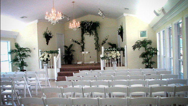 Autry's Hidden Chapel in Chelsea will perform wedding ceremonies for any couples wishing to get married. (Contributed)
