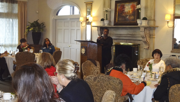 "Adrienne Mathis, minimalist and author of ""DeClutter My Heart,"" spoke to the Greystone Ladies Club on March 11 about living a clutter-free lifestyle. (Reporter Photo/Emily Sparacino)"