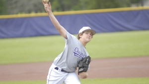 Wil LaFollette shown throwing with his right arm. (Reporter Photo / Baker Ellis)