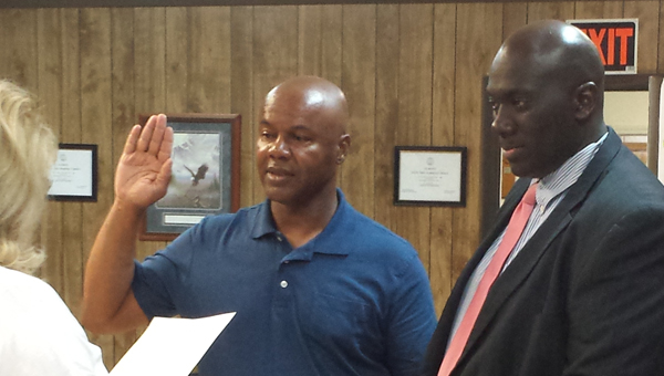 Jimmy Macon was sworn in as the new chief of the Harpersville Police Department during an April 6 City Council meeting. (Contributed)