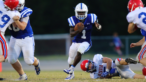 Zalon Reynolds, a rising junior for the Chelsea Hornets, will play an integral role in the Hornets spread option running offense in 2015. (Contributed / Cari Dean)