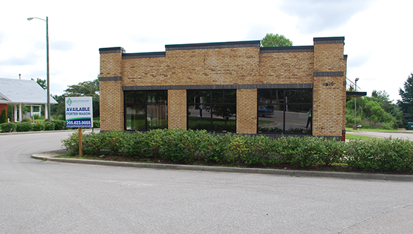 A new Italian restaurant will soon occupy the vacant Backyard Burgers building in Helena. (Reporter Photo/Graham Brooks)