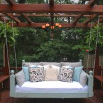 Southern Swinging Bed