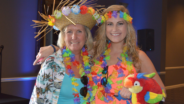 Jimmy Buffett fans came clad in island attire ready for the concert at the Oak Mountain Amphitheatre. (Reporter photo/Jessa Pease)