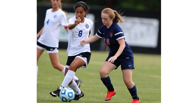 Maria Mendoza and the Chelsea Lady Hornets beat Homewood on April 30 in the opening round of the 6A state playoffs by a 3-2 final. (Contributed / Cari Dean)