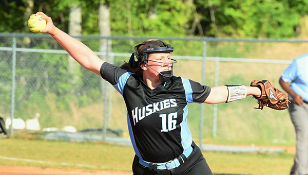 Helena starting pitcher Avery Barnett (16) pitched two complete games at the South Central Regional Tournament to held lead the Huskies to a berth in the state tournament. (For the Reporter/ Stephen Schumacher)