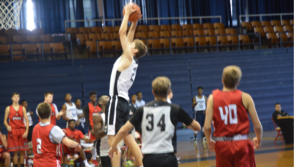 The Helena Huskies beat Hewitt-Trussville in a June 24 matchup at Samford University by a score of 55-54. (Reporter Photo / Baker Ellis)