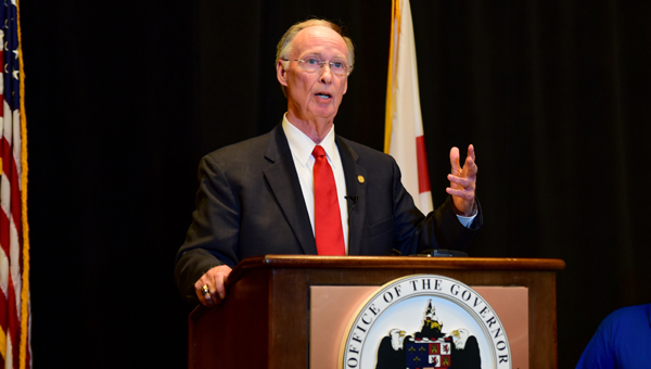 Alabama Gov. Robert Bentley toured a command center that has been set up at Ross Bridge in Hoover in response to a gasoline leak in Shelby County, and held a press conference after a briefing with officials. (Photo by Keith McCoy)