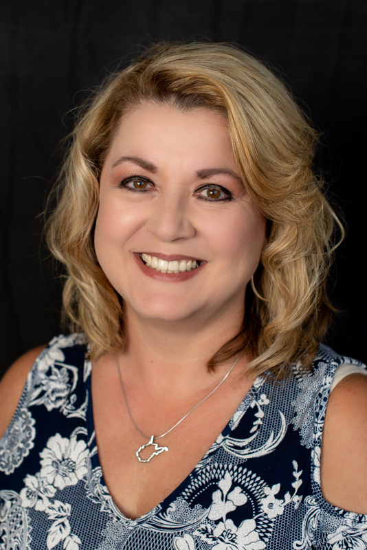 Christy Mullins : Administrative Support Specialist